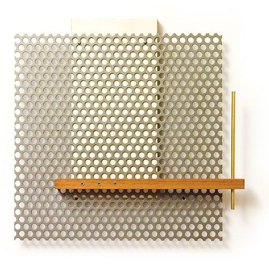 Dombormű #32., 2011., vas, fa, sárgaréz, vegyes technika, 32,5 x 33,5 cm